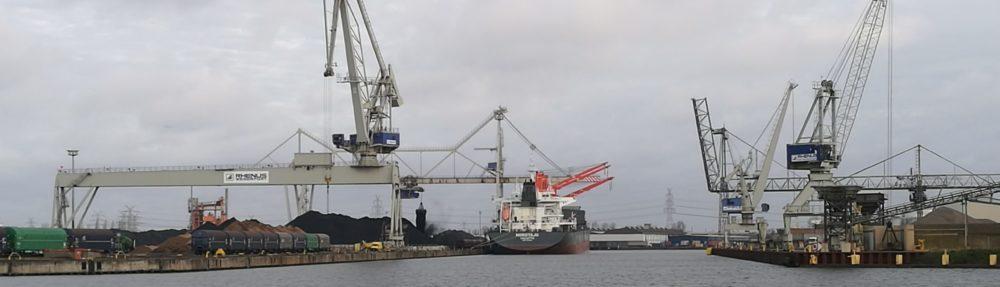 Die Bremischen Häfen in der Globalen Politischen Ökonomie